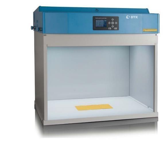 Byko-spectra pro kabina świetlna do wizualnej oceny barwy wyposażona w 8 źródeł światła 1
